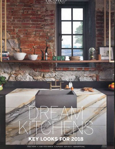 Alusplash splashbacks featured on Homes and gardens magazine. Magazine cover showing dream kitchen trends with expert advice