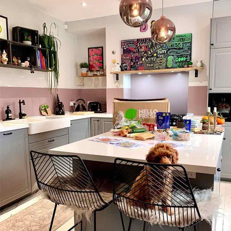 Alusplash interviews kitchen designer Krishan, kitchen with a Petrol Blue splashback